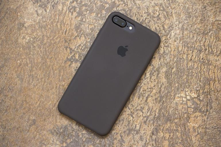 iphone-7-original-cases-review-iphones-4